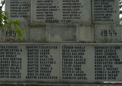 Kézdiszentlélek hősi emlékmű 2009.08.20. küldő-Ágca (11)