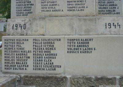 Kézdiszentlélek hősi emlékmű 2009.08.20. küldő-Ágca (13)