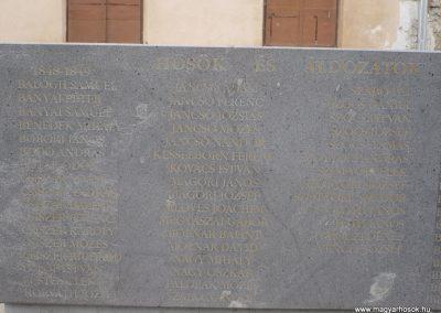 Kézdivásárhely Hősi emlékmű 2008.10.25.küldő -Ágca (1)