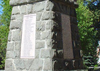 Kóspallag világháborús emlékmű 2006.09.10. küldő-Pfaff László, Rétság (2)