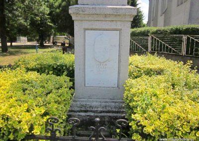 Kótaj világháborús emlékmű 2014.06.23. küldő-kalyhas (3)
