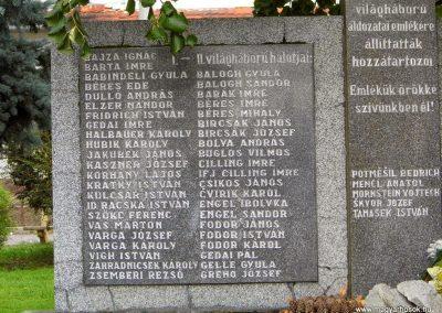 Köbölkút világháborús emlékmű 2014.09.15. küldő-Méri (2)
