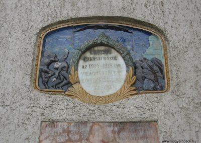 Kömlőd világháborús emléktáblák 2008.07.04.küldő-Kályhás (2)