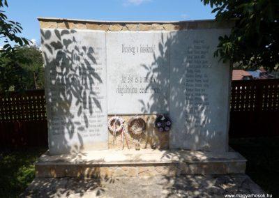 Körösfő világháborús emlékmű 2018.07.11. küldő-Bóta Sándor (2)