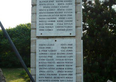 Körösladány II.vh emlékmű 2009.05.20.küldő-Sümec (3)