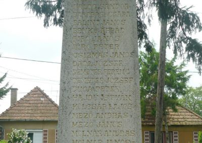 Körtvélyfája világháborús emlékmű 2010.08.08. küldő-Szabó Nándor (8)