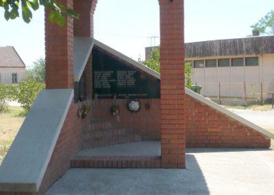 Kövegy II. világháborús emlékmű 2012.07.14. küldő-Sümec (5)