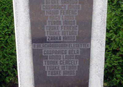 Külsősárd világháborús emlékmű 2010.08.13. küldő-Sümec (3)