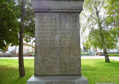 Kürt világháborús emlékmű 2014.09.15. küldő-Méri (5)