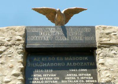 Kőrispatak világháborús emlékmű 2014.07.20. küldő-Gombóc Arthur (1)