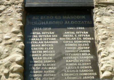 Kőrispatak világháborús emlékmű 2014.07.20. küldő-Gombóc Arthur (2)
