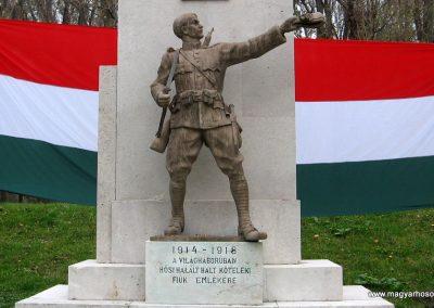 Kőtelek világháborús emlékmű 2008.10.23. küldő-Kályhás (3)