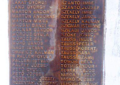 Kővágóörs világháborús emlékmű 2010.07.22. küldő-Horváth Zsolt (4)