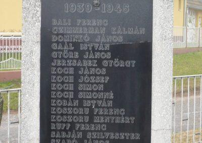 Kacorlak Hősi emlékmű 2009.11.21. küldő-Sümec (3)