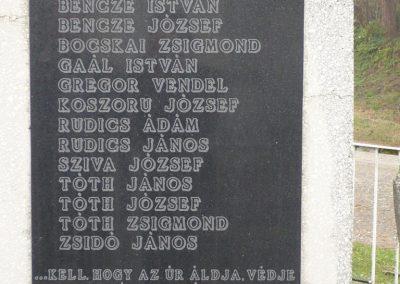 Kacorlak Hősi emlékmű 2009.11.21. küldő-Sümec (6)