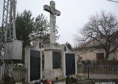 Kacorlak Hősi emlékmű 2009.11.21. küldő-Sümec (7)