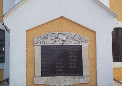 Kajárpéc világháborús emléktáblák 2009.01.10.küldő-Ancsa84 (1)