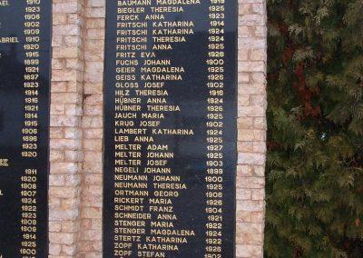Kakasd világháborús emlékmű 2007.12.13. küldő-Ágca (4)