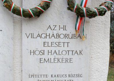 Kakucs új világháborús emlékmű 2015.11.27. küldő-kalyhas (3)