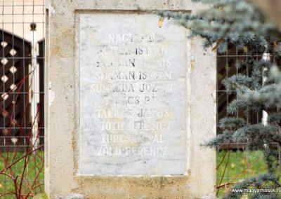Kakucs régi világháborús emlékmű 2015.11.27. küldő-kalyhas (10)