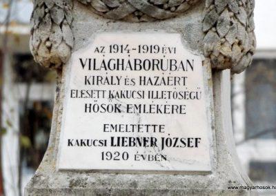 Kakucs régi világháborús emlékmű 2015.11.27. küldő-kalyhas (3)