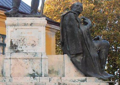 Kalocsa I. világháborús emlékmű 2012.10.22. küldő-Bagoly András (4)