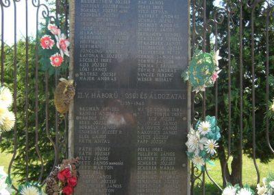 Kaposfő világháborús emlékmű 2007.06.23. küldő-Zsók (1)
