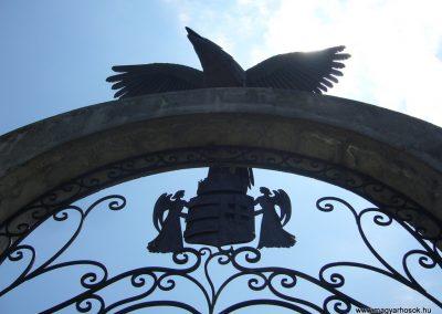 Kaposfő világháborús emlékmű 2007.06.23. küldő-Zsók (2)