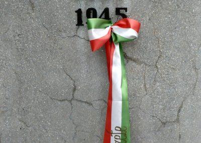Kaposmérő világháborús emlékmű 2010.08.04. küldő-Sümec (7)