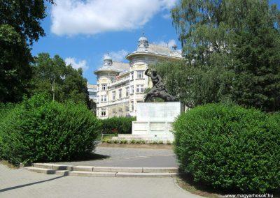 Kaposvár 44-es gyalogezred emlékműve 2016.07.19. küldő-Emese (13)