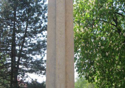 Kaposvár hősi emlékmű 2011.04.23. küldő-kalyhas (2)
