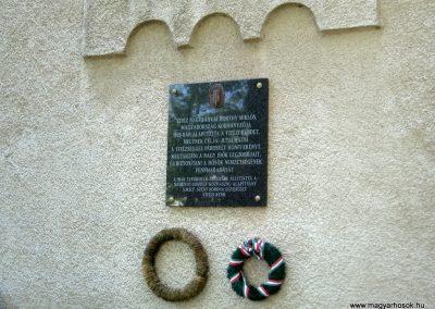 Kaposvár hősi emlékmű 2011.04.23. küldő-kalyhas (9)