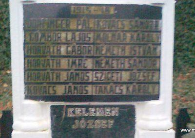 Karakó világháborús emlékmű 2011.11.20. küldő-Kercza István (2)