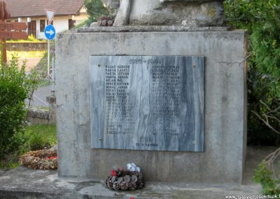 Karancskeszi világháborús emlékmű 2009.07.20.küldő-kalyhas (5)