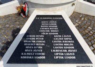 Karancslapujtő világháborús emlékmű 2019.04.10. küldő-Bóta Sándor (11)