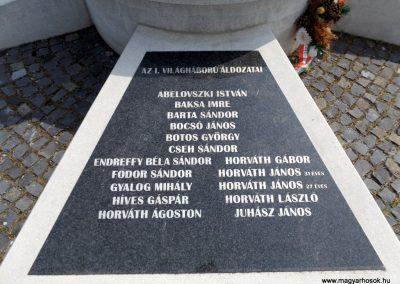 Karancslapujtő világháborús emlékmű 2019.04.10. küldő-Bóta Sándor (4)