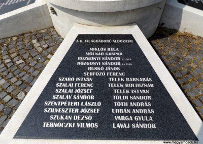 Karancslapujtő világháborús emlékmű 2019.04.10. küldő-Bóta Sándor (8)