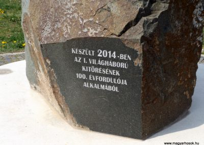 Karancslapujtő világháborús emlékmű 2019.04.10. küldő-Bóta Sándor (9)