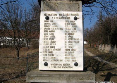 Karancsság világháborús emlékmű 2011.03.12. küldő-kalyhas (3)