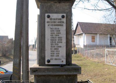 Karancsság világháborús emlékmű 2011.03.12. küldő-kalyhas (5)
