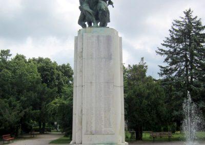 Karcag I. világháborús emlékmű 2013.05.25. küldő-kalyhas (3)