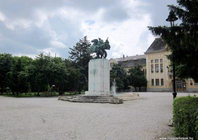 Karcag I. világháborús emlékmű 2013.05.25. küldő-kalyhas