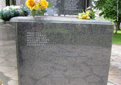 Karcag II. világháborús emlékmű 2013.05.25. küldő-kalyhas (10)
