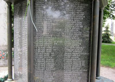 Karcag II. világháborús emlékmű 2013.05.25. küldő-kalyhas (9)