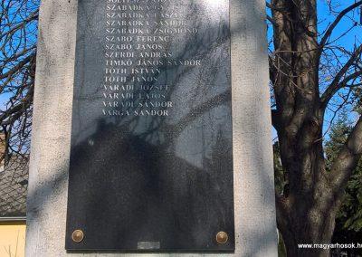 Karcsa világháborús emlékmű 2017.11.19. küldő-Eszterhai Zsuzsa (8)