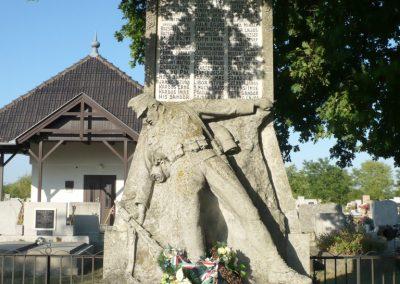Kardoskút I. világháborús emlékmű 2012.07.14. küldő-Sümec (2)