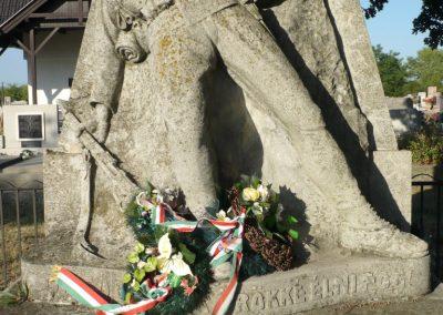 Kardoskút I. világháborús emlékmű 2012.07.14. küldő-Sümec (3)