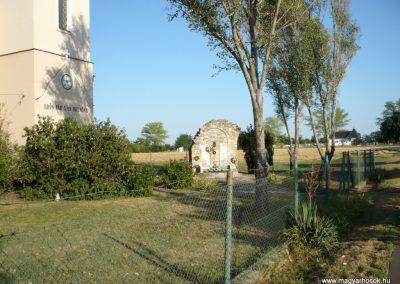 Kardoskút II. világháborús emlékmű 2012.07.14. küldő-Sümec (1)