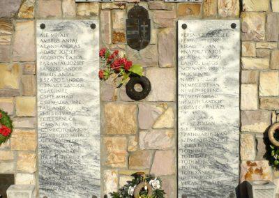 Kardoskút II. világháborús emlékmű 2012.07.14. küldő-Sümec (3)