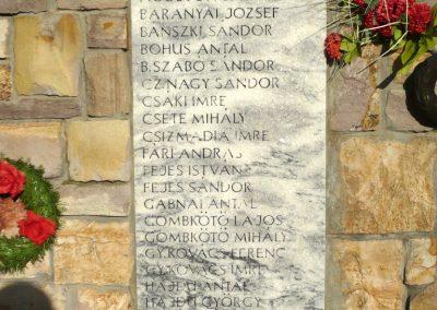 Kardoskút II. világháborús emlékmű 2012.07.14. küldő-Sümec (6)